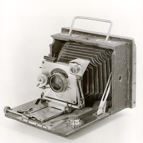 1903: Linhof Kamera